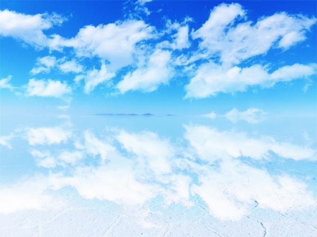ウユニ塩湖 朝 画像